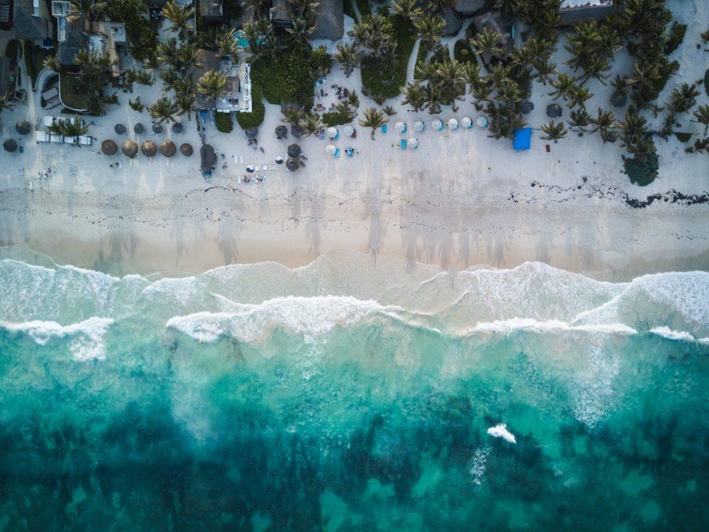 mini drohne kamera beach